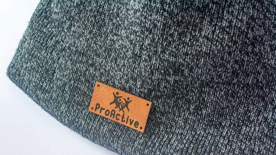 Skórzana naszywka wygrawerowana z napisem ProActive