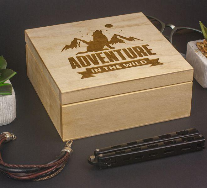 Grawerowanie drewnianego pudełka